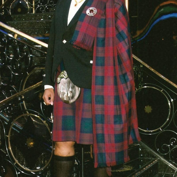 Medium Weight Premium Wool Pipers Plaid