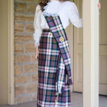 Medium Weight Wool Traditional Tartan Sash