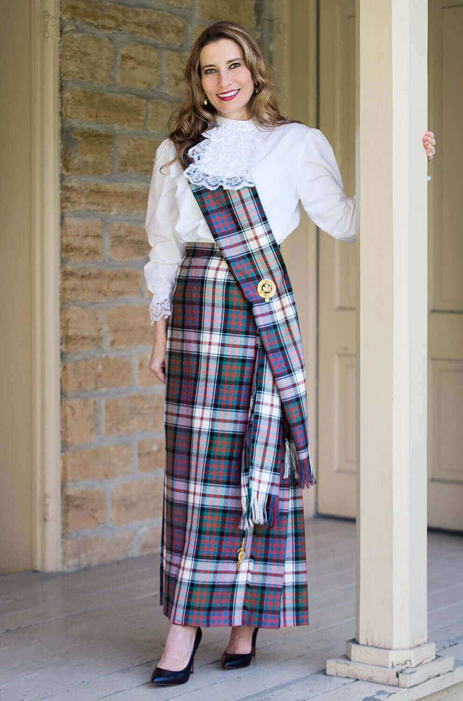 Medium Weight Wool Traditional Tartan Sash