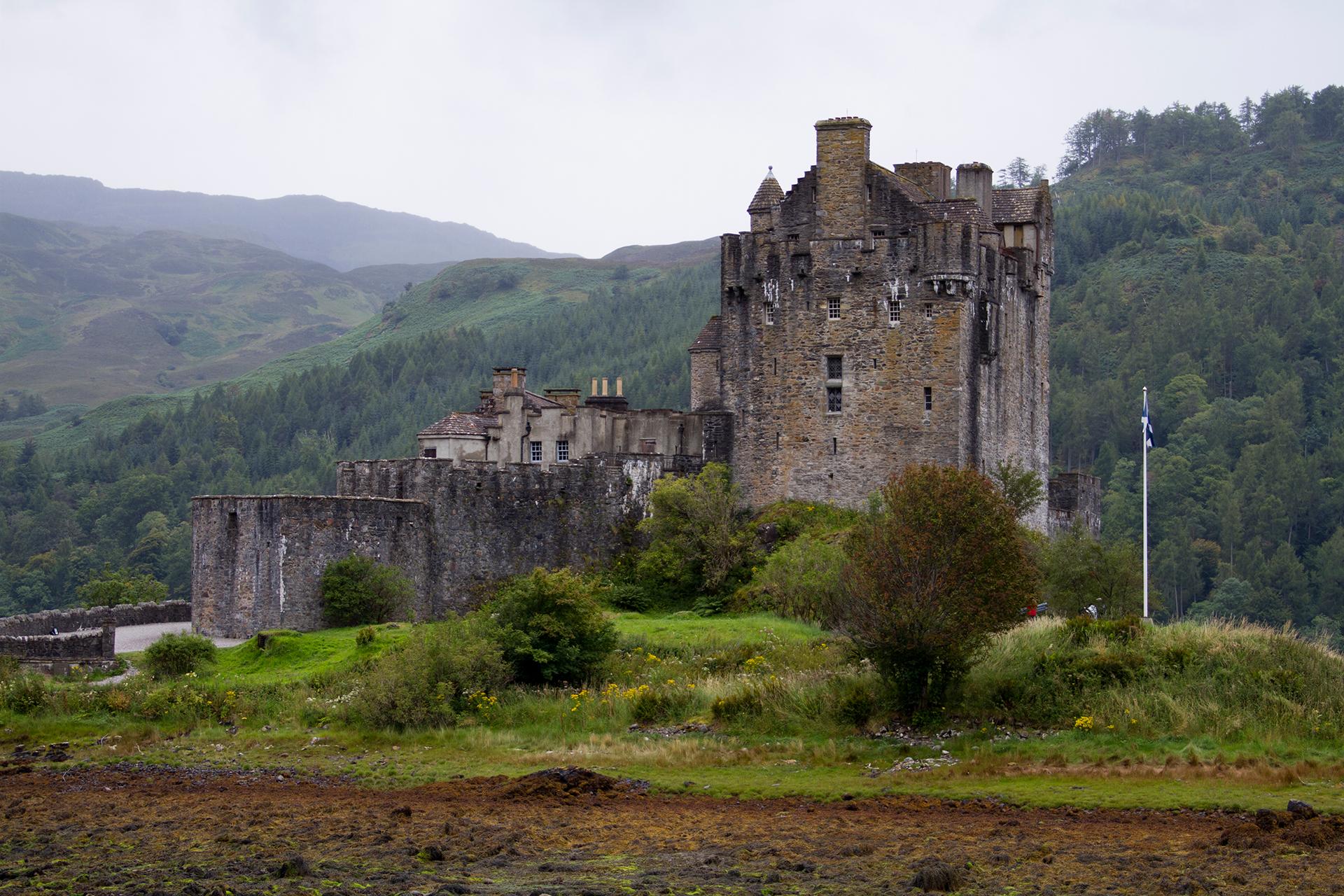 Clan Fraser castle
