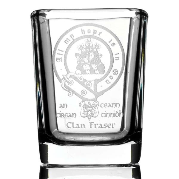 CCT04S-CL-1746 Fraser Clan Crest Shot Glasses