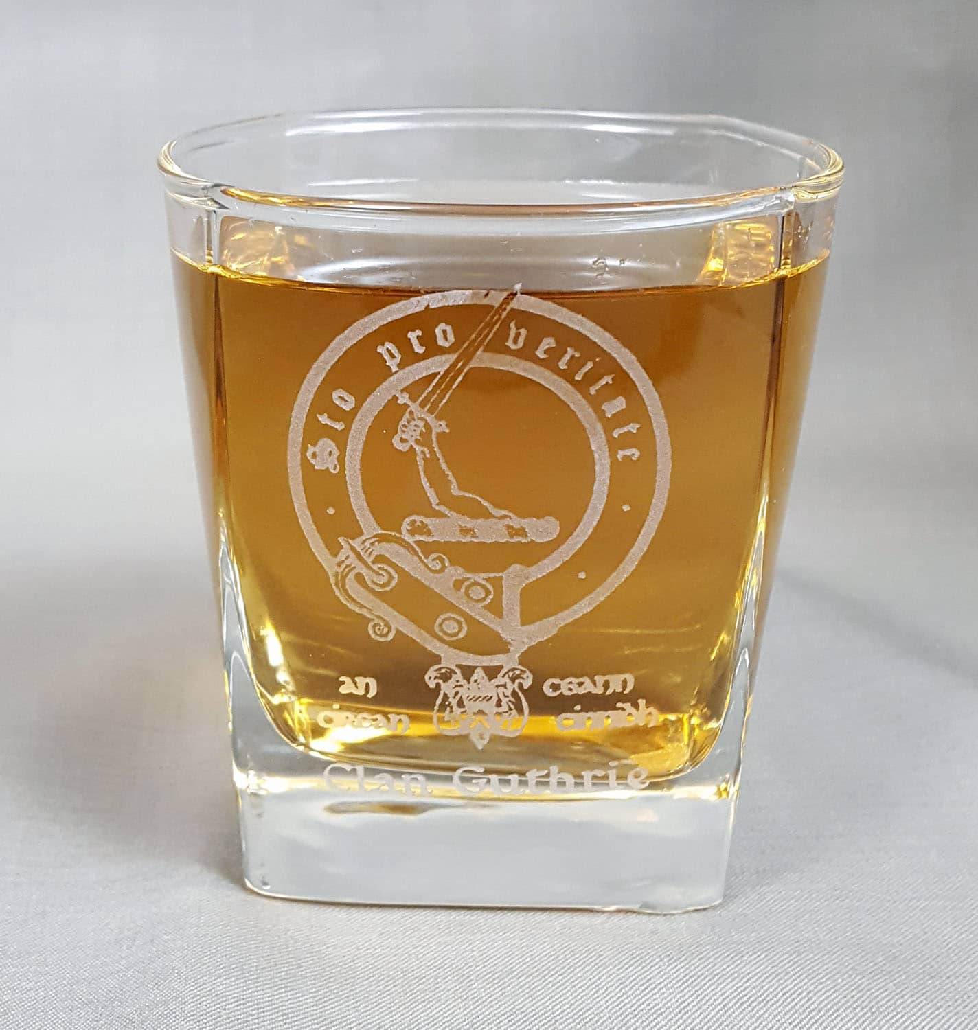 Guthrie Clan Crest Whisky Glass