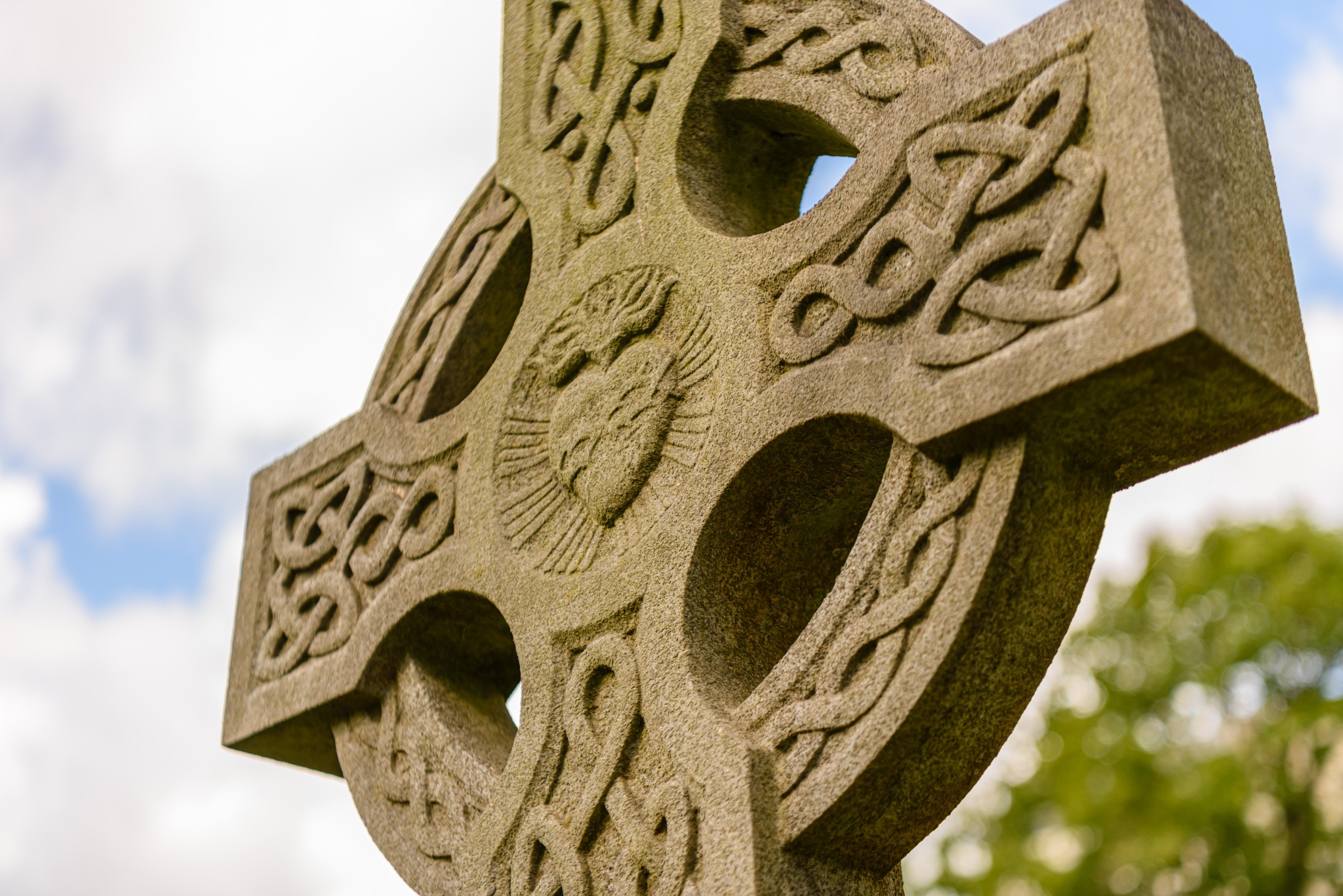Learn More About the Celtic Knot Meaning