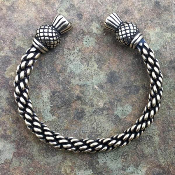 Thistle Bracelet Medium Braid