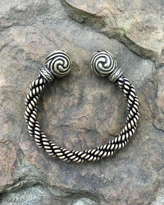 Triskele Bracelet Heavy Braid