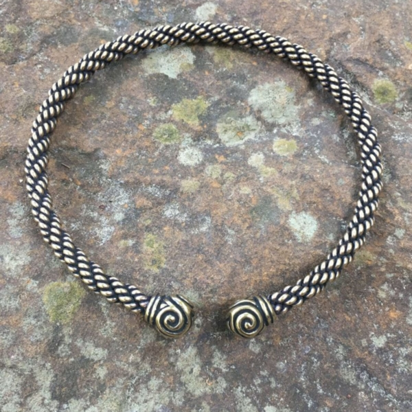 Triskele Torc Medium Braid