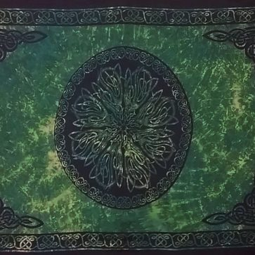 Celtic Sarong Green Celtic Knot Circle