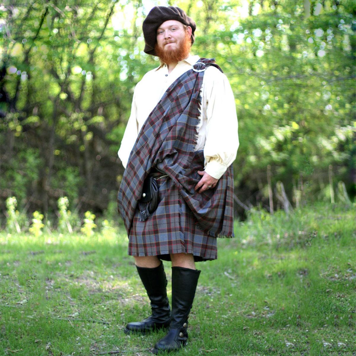 A gentleman wearing an Outlander Kilt from The Celtic Croft