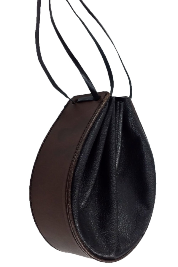 Horseshoe Leather Pouch