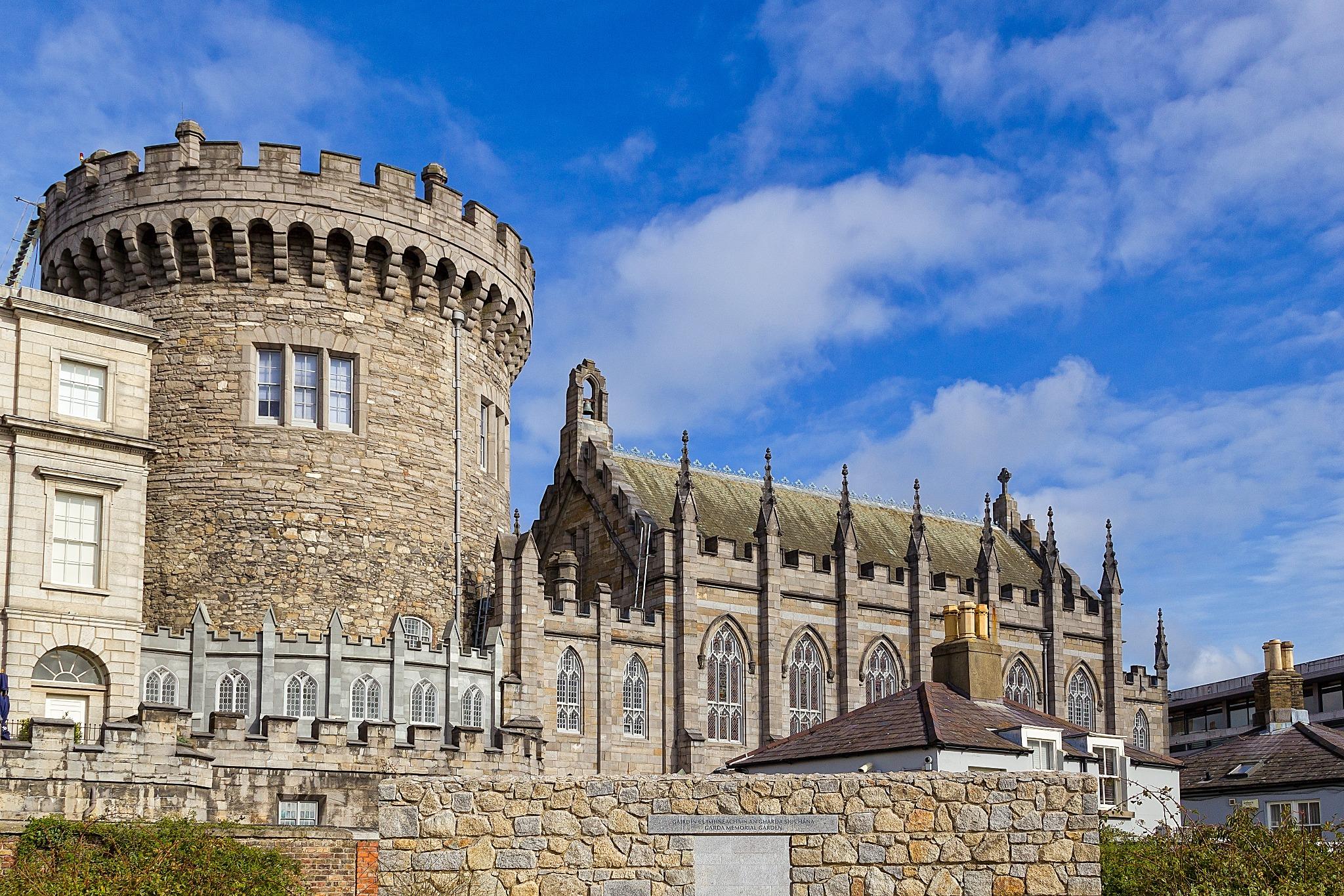 Dublin Castle, a castle in Ireland.